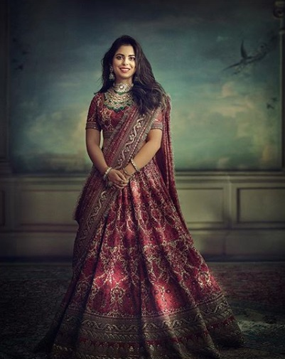 11-All-the-outfits-Sabyasachi-designed-for-Celeb-Weddings-in-2018