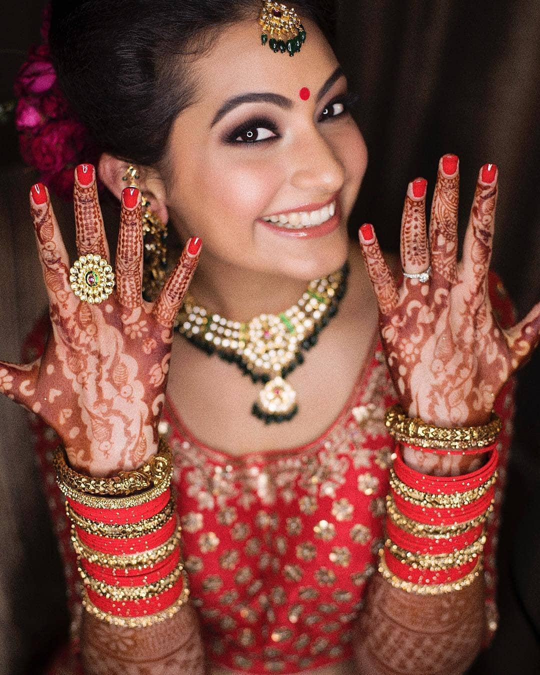 brides-flaunting-engagement-ring