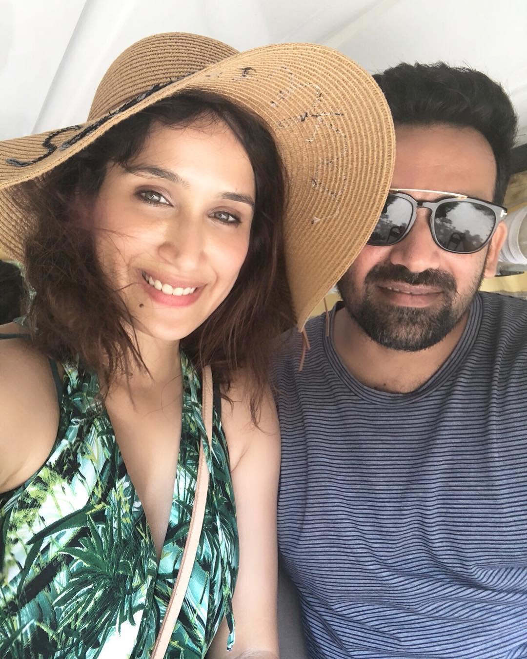 Sagarika Ghatge Has A Super Strong Selfie Game- With Zaheer