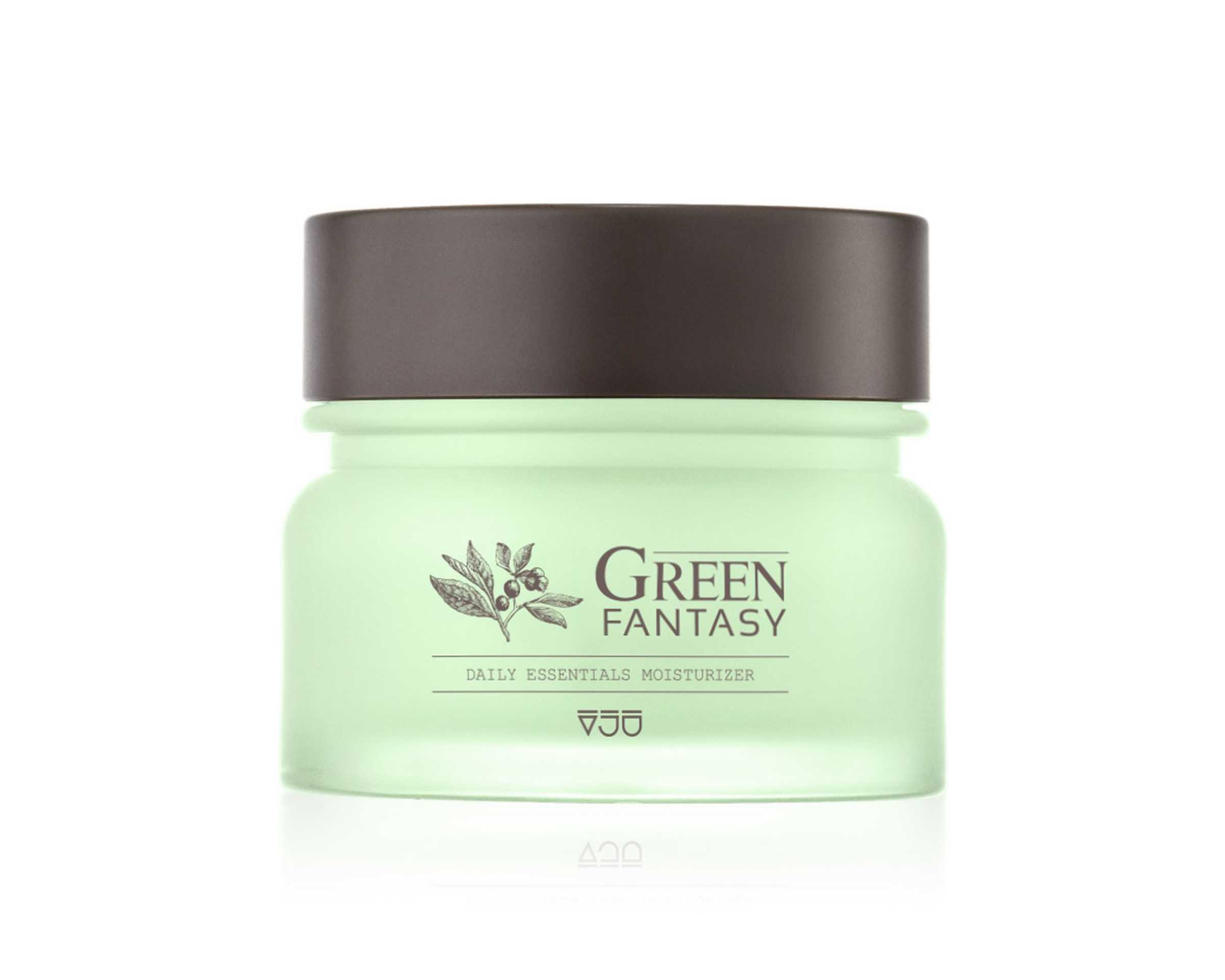 Korean-Products-To-Try-In-2019-VJU-Green-Fantasy-Facial-Moisturizer-Day-And-Night-Cream1