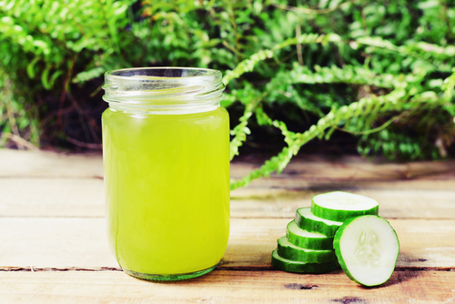 how-to-deal-with-dry-skin-cucumber-juice