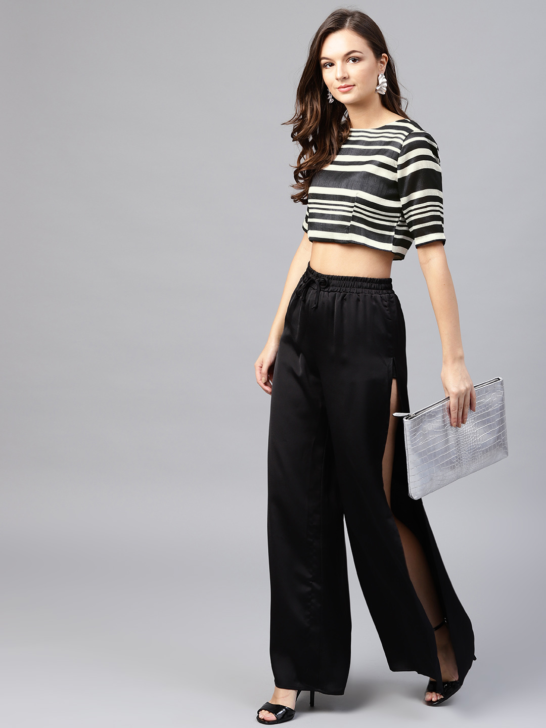 13-types-of-tops-Women-Black-Striped-Top