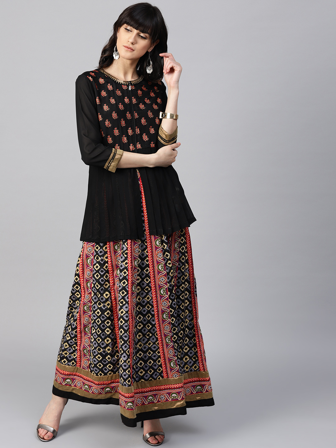 15-types-of-tops-Women-Black-Printed-Empire-Top