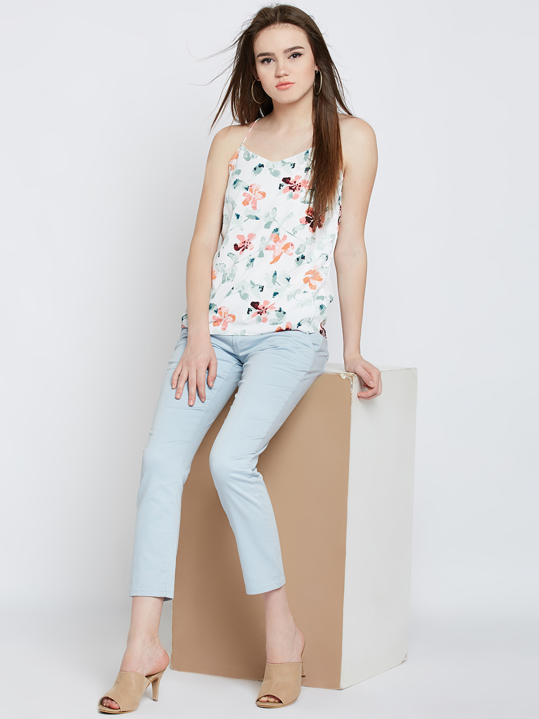 8-types-of-tops-Women-Off-White-Printed-Top