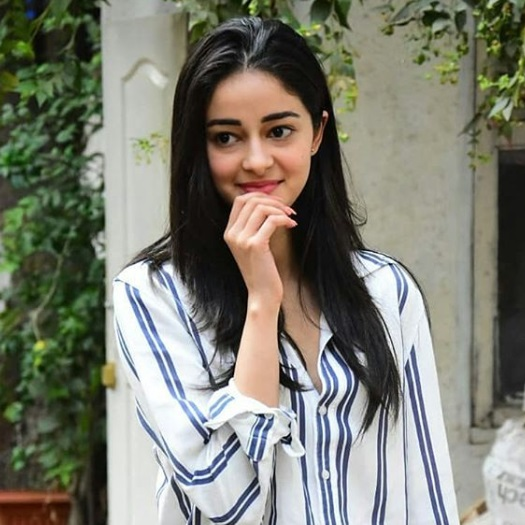 2-Ananya-Pandey-Stepped-Out-In-A-Perfect-Girl-Next-Door-Outfit- And-We-Bet-You-Have-It-In-Your-Wardrobe-Too