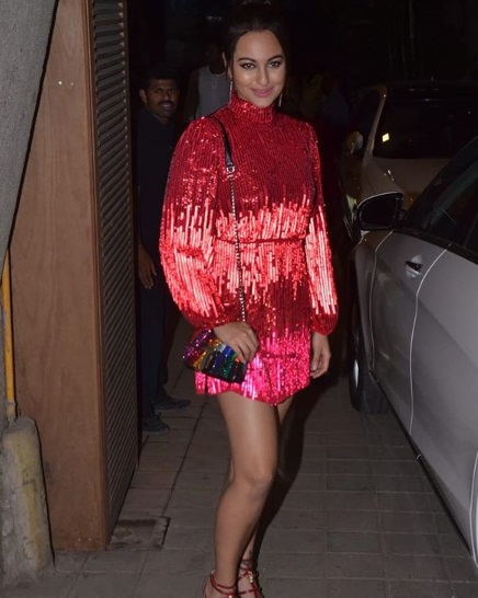 5-B-Town-Stars-Decked-Up-In-Their-Party Best-For-Punit-Malhotra's-Birthday-Bash- -We-Know-Who-Wore-What