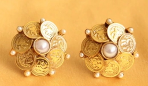12-jewellery-designs-coin-studs