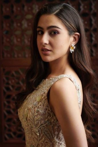 Sara Ali Khan Has The Coolest Response To Media-Infused Rivalry With Janhvi Kapoor- Sara