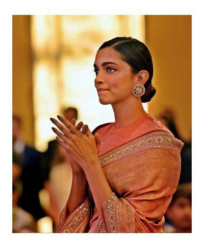19-hairstyles-for-saree-low-sleek-bun