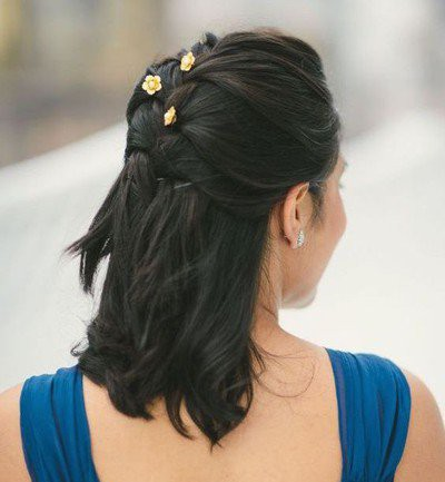 5-hairstyle-for-saree-french-braid-half-up in marathi