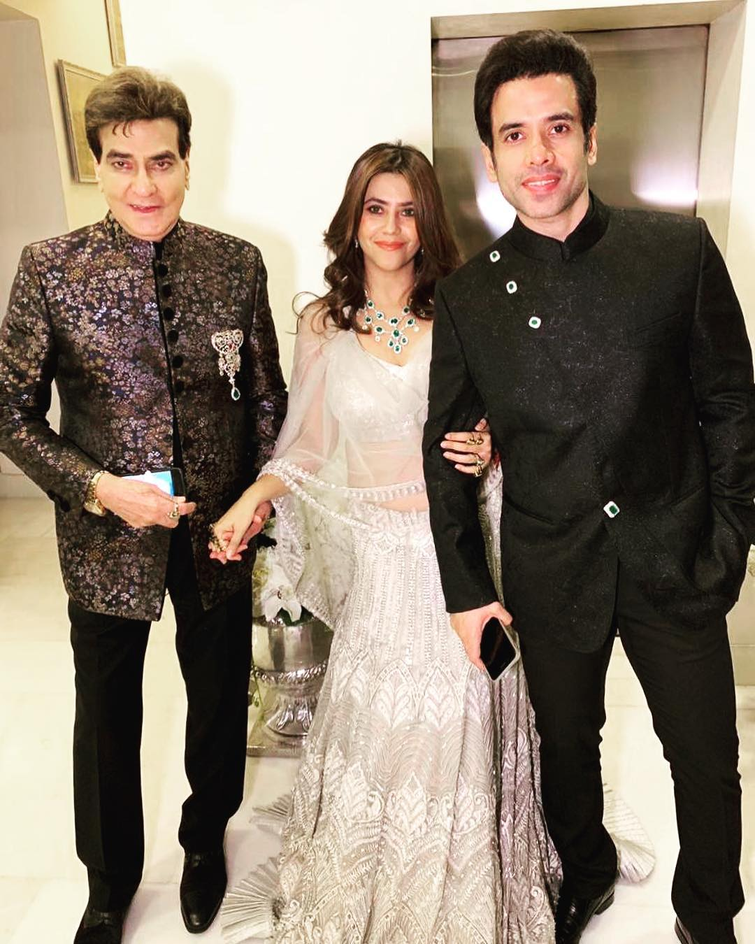 1-ekta-names-son-ravie-kapoor-ekta-with-jeetendra-tusshar