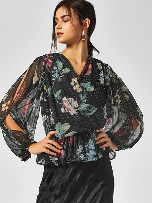 Floral-Printed-Wrap-Blouse-Tops-For-Honeymoon