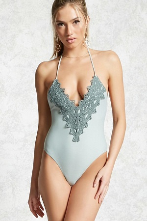 Crochet-Trim-plus-size-swimming-costumes