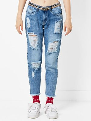distressed-jeans-for-heavy-thighs
