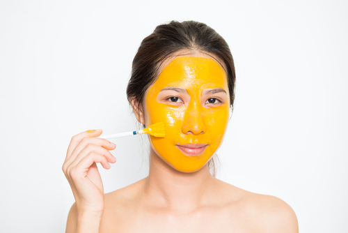 turmeric-skin-benefits-home-remedies-face-masks