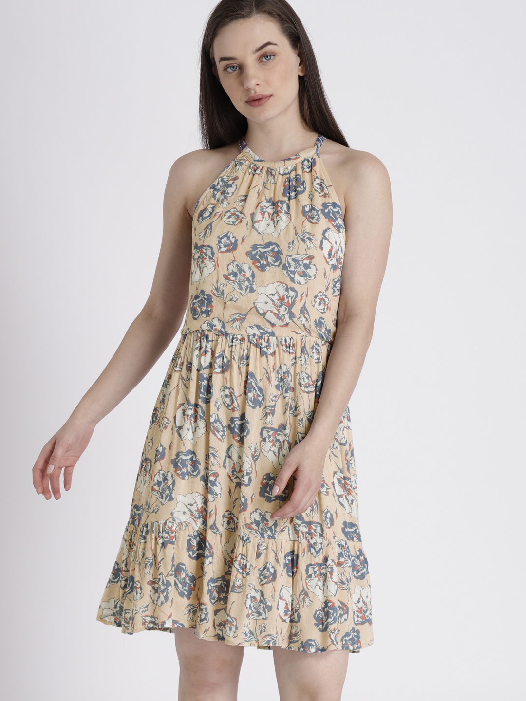 10-Dresses-For-Pear-Shaped-Body