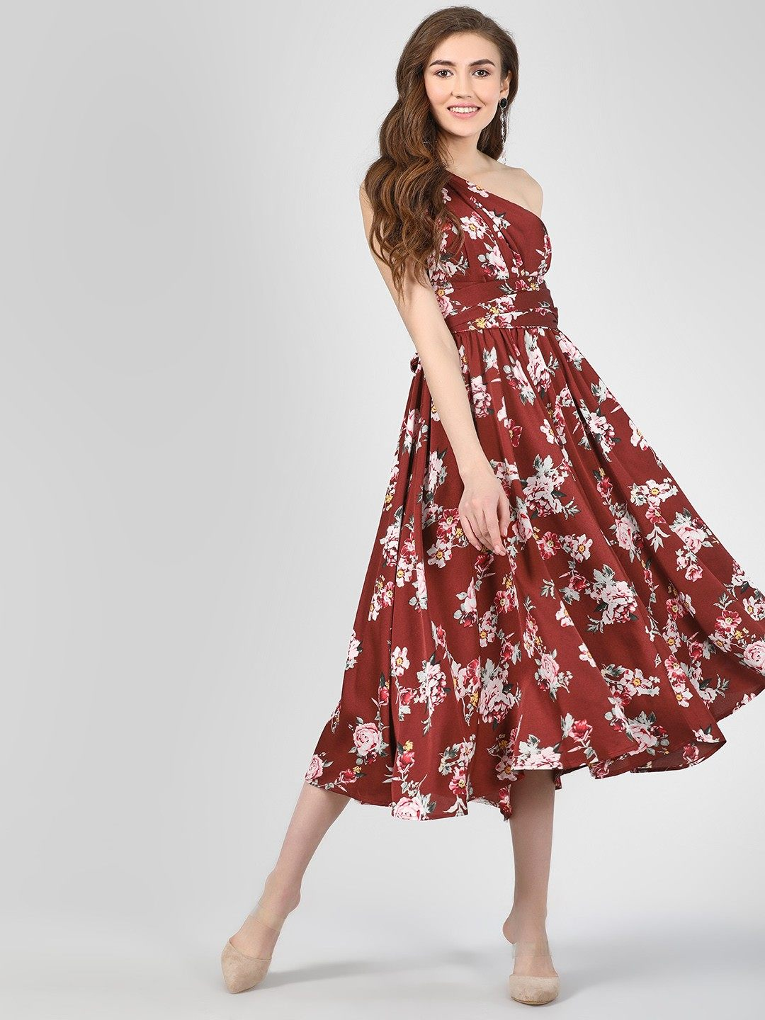 7-Dresses-For-Pear-Shaped-Body
