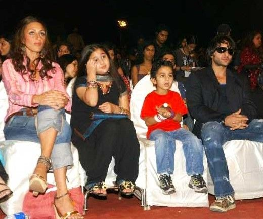 8-sara-ali-khan-with-ibrahim-saif-and-rosa