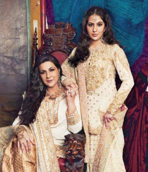 15-sara-ali-khan-with-amrita-singh