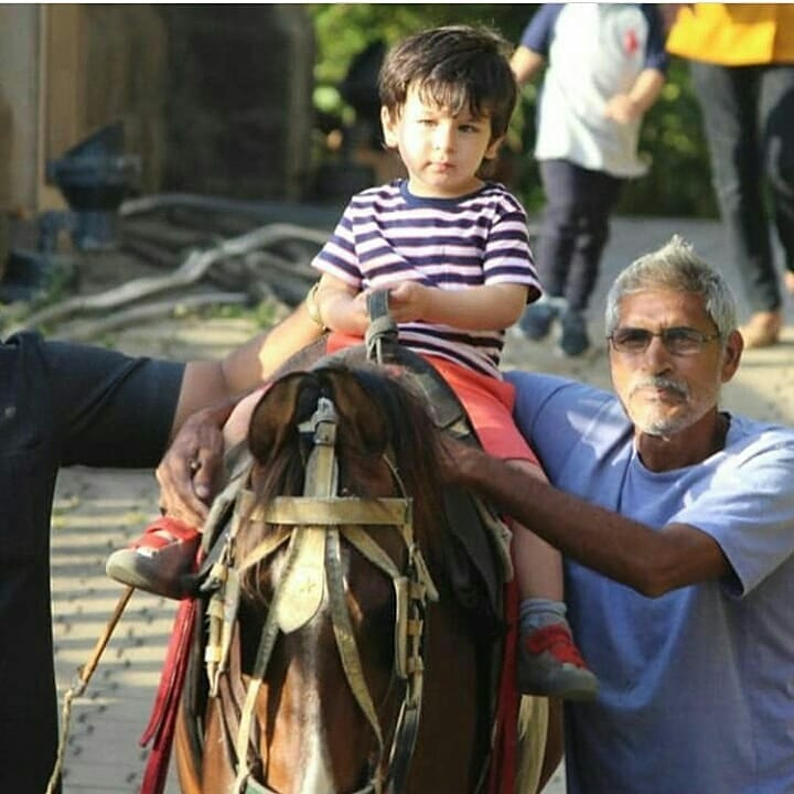 3-taimur-ali-khan-on-a-horse