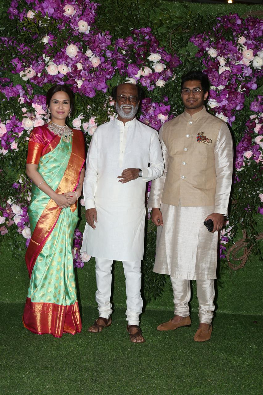 akash-shloka-wedding-rajnikanth-with-family