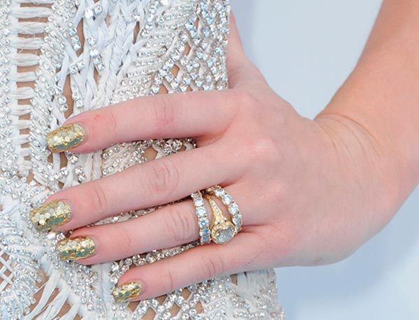 From PC To JLo  Here Are The Celebrity Engagement Rings That Could Tempt You To Say %E2%80%98I do%E2%80%99 - miley cyrus