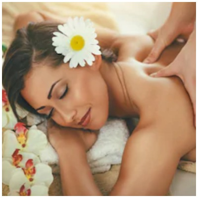 everything-you-need-to-know-about-hot-candle-wax-massage-therapy-1
