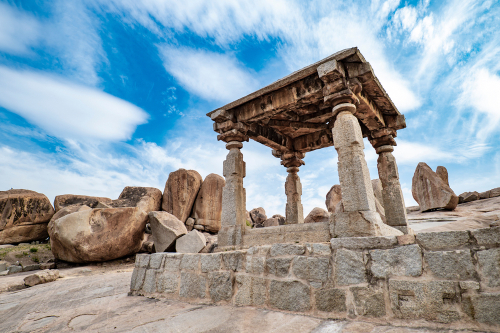 top-5-holiday-destinations-for-women-to-travel-alone hampi