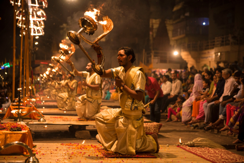 top-5-holiday-destinations-for-women-to-travel-alone varanasi
