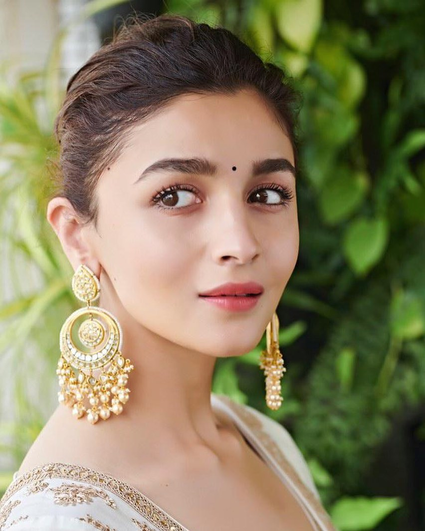 4-alia-bhatt-indian-look-kalank