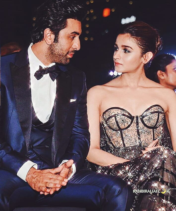 2 alia bhatt accidentally calls varun dhawn as ranbir kapoor