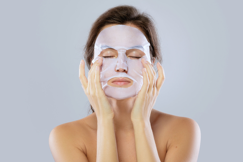 how-to-relax-at-home-de-stress-home-spa-stress-relief-diffuser-mask-and-massage