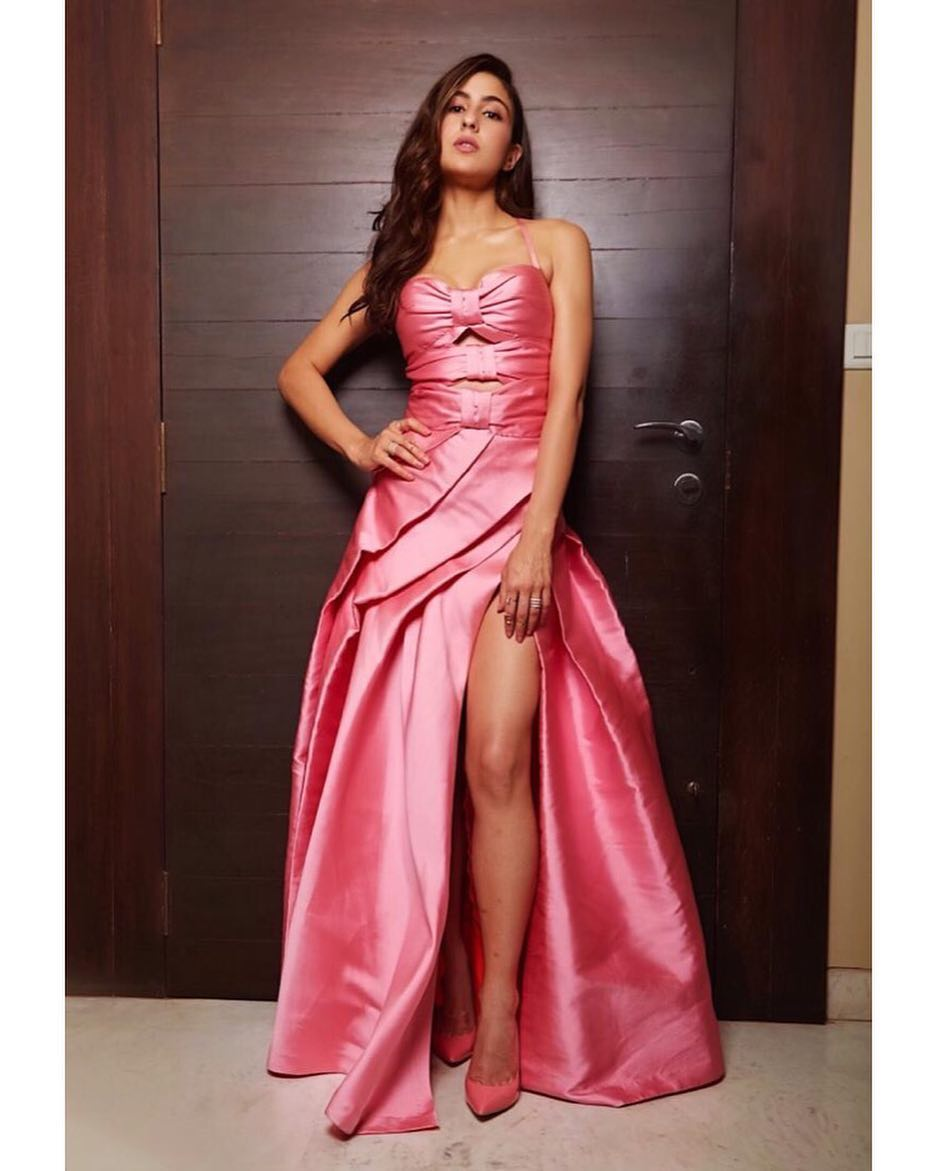 Sara Ali Khan Talks About Her Fitness Routine- sara pink gown