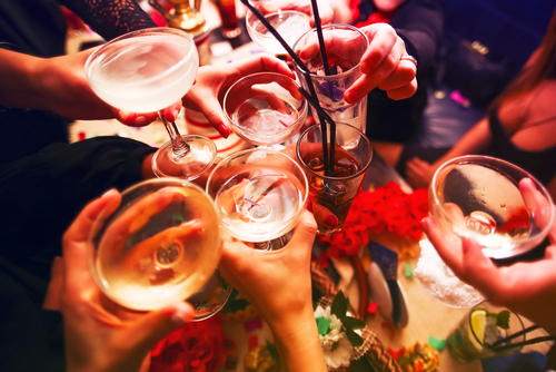 Alcohol 10-surprising-reasons-for-delayed-period-problems-with-solutions-in-bengali %288%29