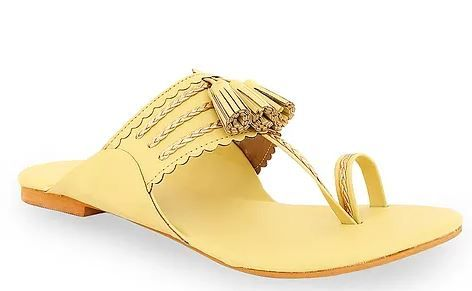 how-to-style-with-kohlapuri-chappals-wearing-indian-western-outfits 04