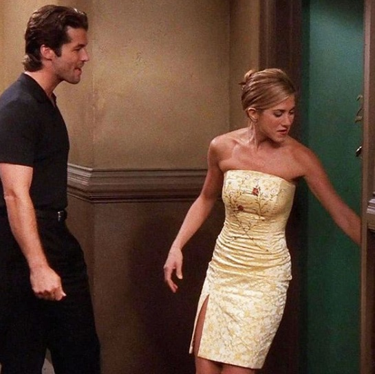 14-Rachel-Green's-Every-Chic-Outfit-On-Friends