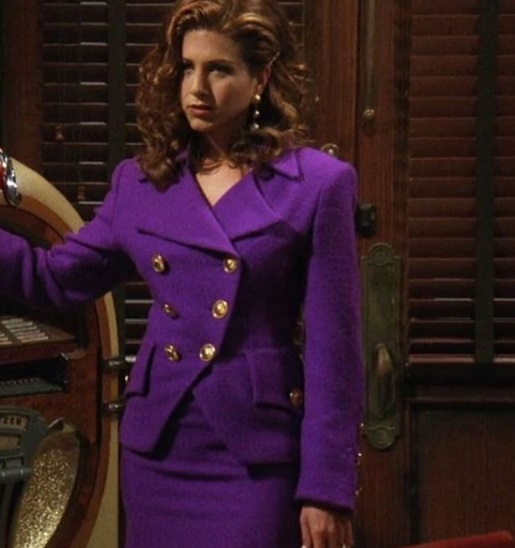 9-Rachel-Green's-Every-Chic-Outfit-On-Friends