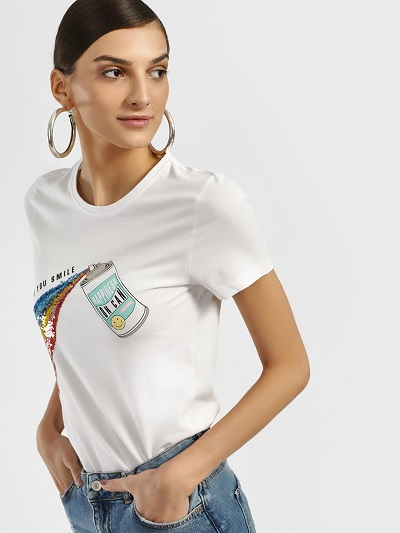 Gift-ideas-for-sister-Rainbow Of Sequins top