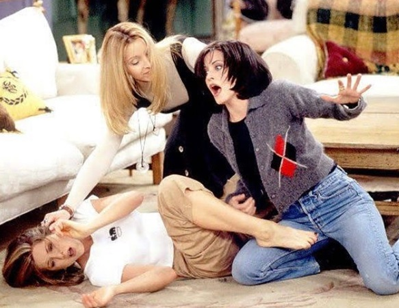 27-Monica-Geller-Every-Chic-Outfit-In-Friends