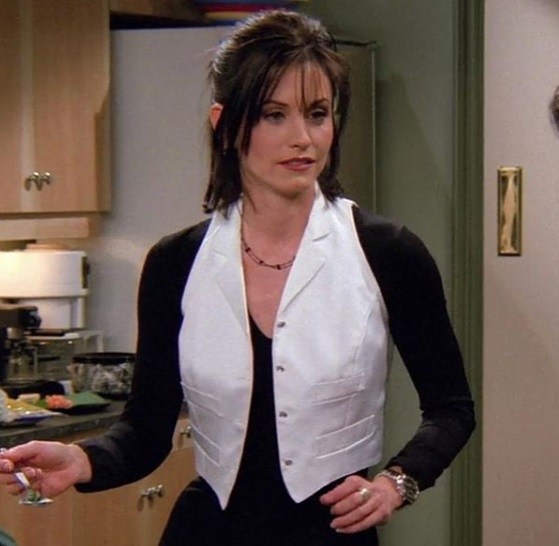 3-Monica-Geller-Every-Chic-Outfit-In-Friends
