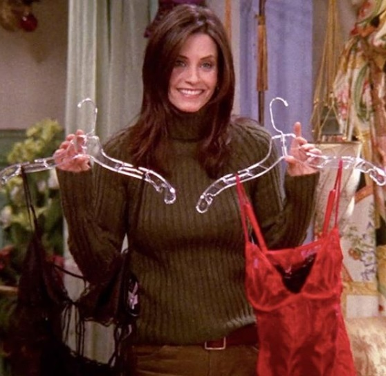 9-Monica-Geller-Every-Chic-Outfit-In-Friends