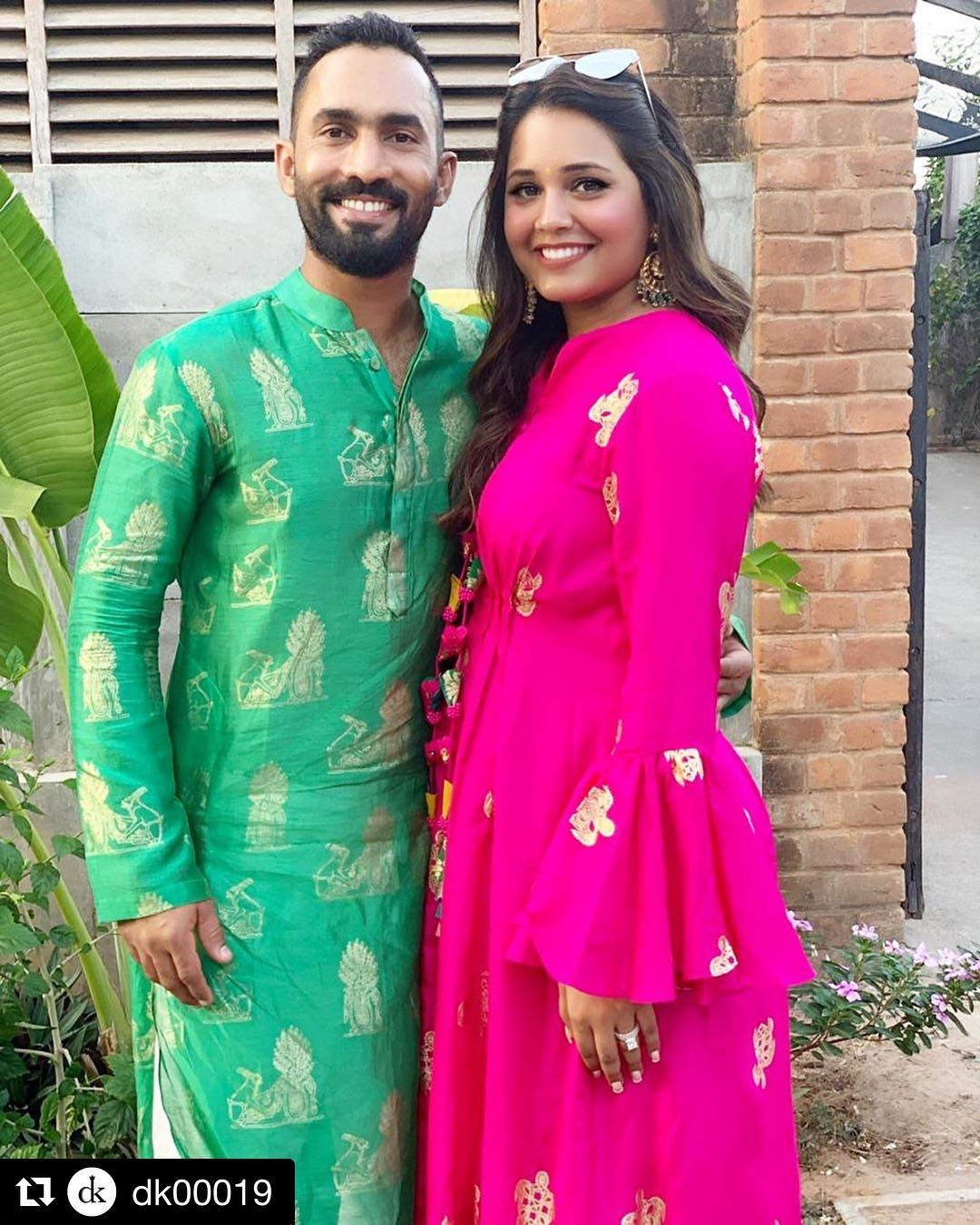 stunning-successful-and-gorgeous-wives-of-indian-cricketers-in-bengali %285%29