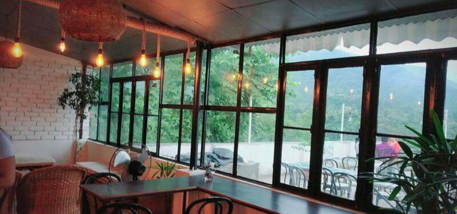 Dehradun  Chhaya cafe  mountains  view  book  eat