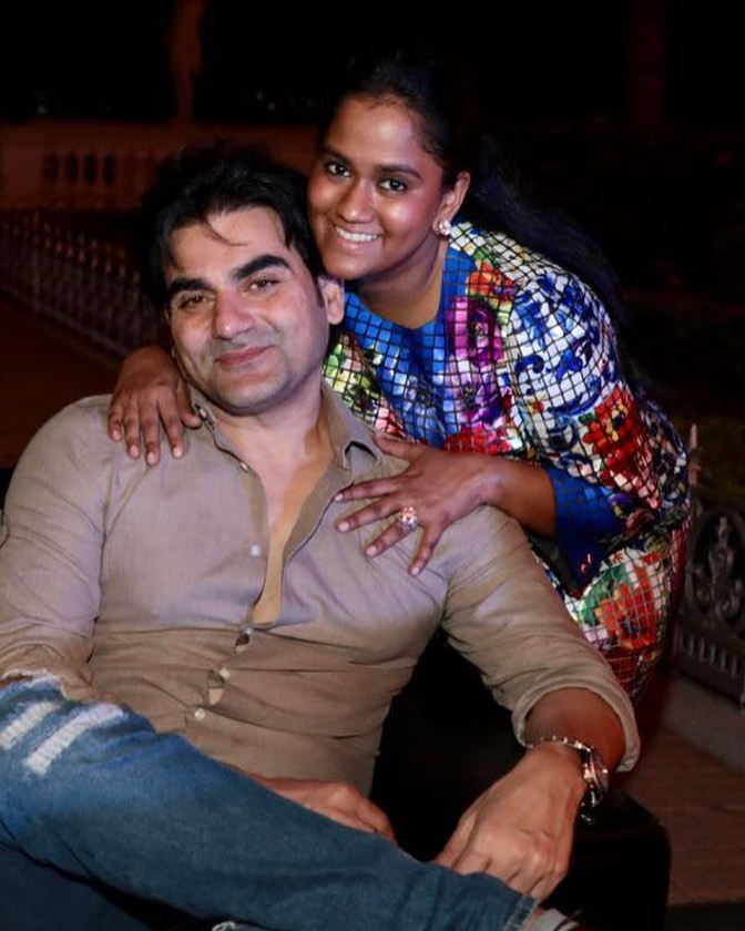 2-arpita-khan-sharma-with-brother-arbaaz-khan
