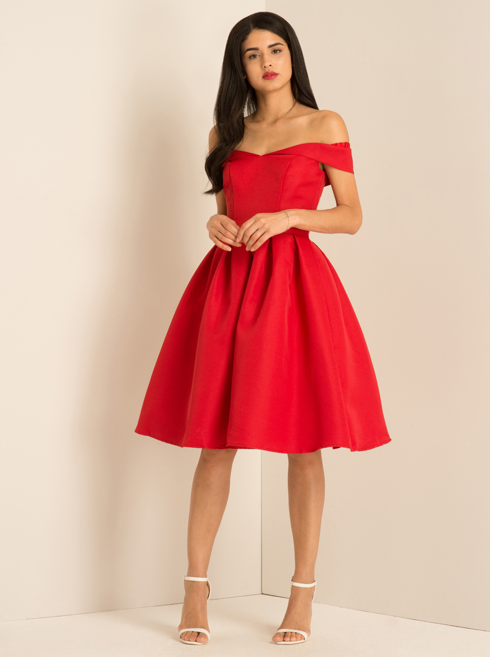 Valentines-party-outfit-ideas-13