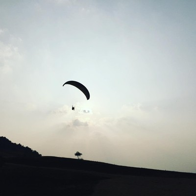 Paragliding - Romantic Places To Visit In Maharashtra