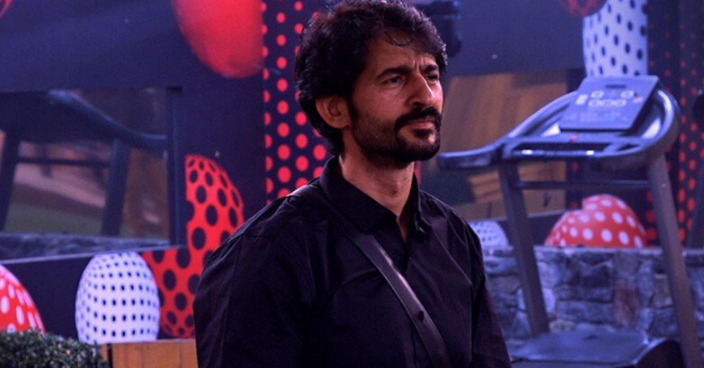 Hiten Says 'Hina Khan Is Fake' Post His Bigg Boss 11 Eviction
