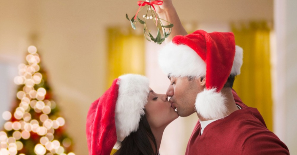 7 Fun Ways To Get Him Under The Mistletoe This Christmas!