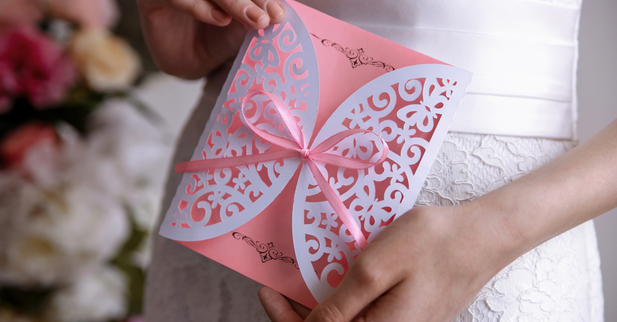 11 Mistakes You Cannot Afford To Make On Your Wedding Invitation!
