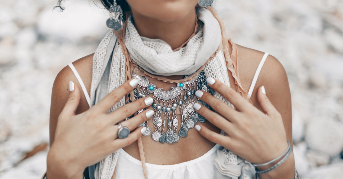 DIY Tips To Keep Your Silver Jewellery Looking Shiny & Clean!